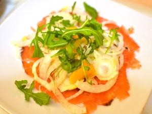 carpaccio-salmone-e-finocchi-croccanti
