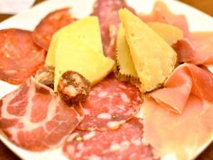 salumi-e-formaggi-abruzzesi